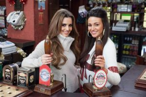 cheryl-cole-and-michelle-keegan-coronation-street-set-itv-studios-manchester-december-2013_2