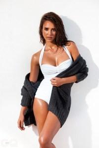 Jessica Alba wool cardigan