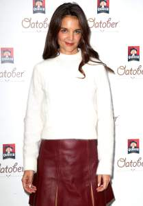 katie_holmes_at_quaker_oats__oatober__launch_in_new_york_city_-_october_3-2016_008
