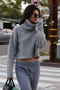 Kendall-Jenner--Out-in-West-Hollywood--14