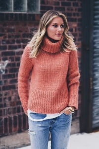 orange-chunky-knit-turtleneck sweater (10)
