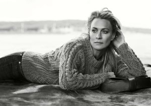 robin wright-pull-marilyn-133619353